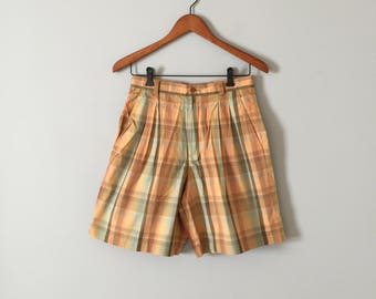 caramel and mint plaid shorts || 80s Liz Claiborne high waisted tap shorts