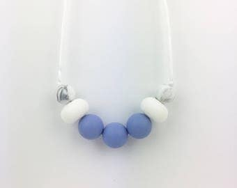 "Teething Necklace ""Aria"", silicone, breastfeeding necklace, teething jewellery, fiddle beads, blue, white, marble, for mum"