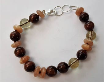 Bracelet with gemstones and silver-brown