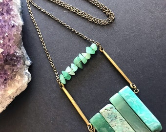 Aventurine Pendant Necklace // Unique Long Necklace // Natural Stone Necklace // Long Modern Necklace // Raw Stone Necklace // Green Stone