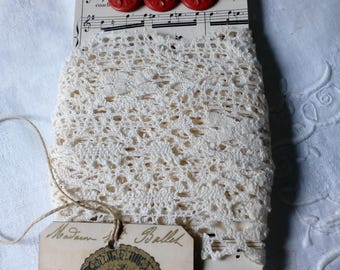 Lace linen and vintage buttons