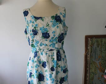Vintage blue and white flower dress made by hand in cotton