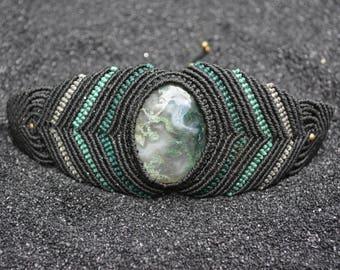 Macrium bracelet with Mossachat-agate-green-black-healing-gemstone-macrame-cabochon-hippie-boho-brass beads