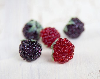 Glass lampwork raspberry. Blackberry bead. Berry beads for Jewellery making. Lampwork berry bead. Jewelry bead. Handmade glass bead.