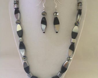 Black & Silver Necklace Earring Set