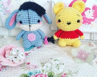 Amigurumi de poupée au crochet Bourriquet ou Winnie l'ourson disney