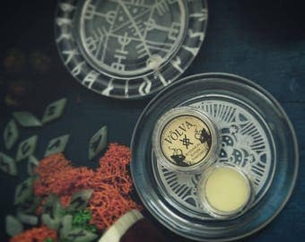 Völva - Norse Magic • Ritual Botanical Solid Perfume • Intricate scent of flowers and incense crowned with delicate saffron • Vegan perfume