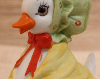 Lefton Mother Duck/Goose with little green bonnet/ trinket dish ceramic two-piece Adorable!