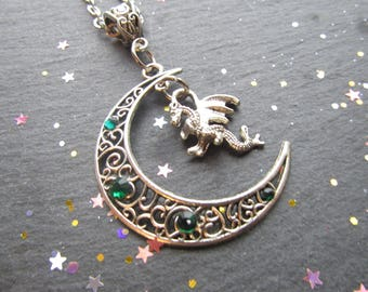 Moon Crescent and Dragon Necklace, Dragon Necklace, Moon Necklace, Goth Necklace, Gift for Dragon Lover, Goth Jewellery, Green Dragon