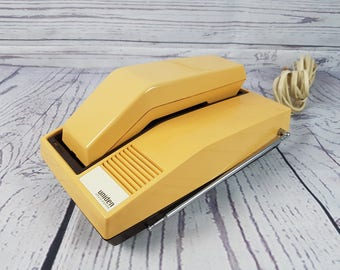 Vintage Decorative Telephone Retro Decor Phone Peachy Yellow Color Gift Touch Dial Push Button Heavy Weight Metal Uniden Extend a Phone