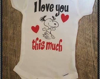 Unisex, Snoopy, Snoopy Love, I Love You, I love You This Much, Cute Onesie, Baby Girl, Baby Boy Onesie, Funny, Choice of Colors
