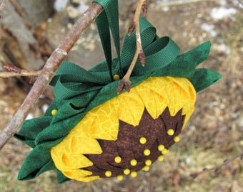 Quilted Sunflower Window Ornament