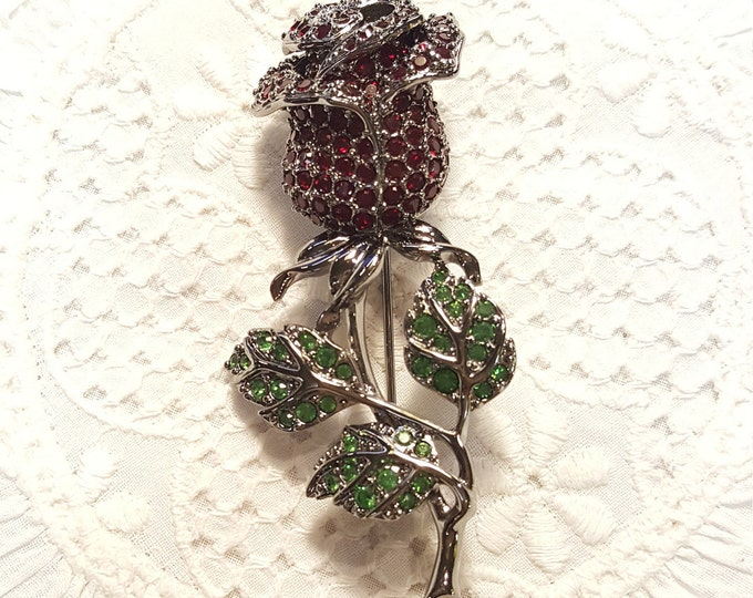 Red Rose Swarovski Brand Brooch Pin Sparkly Pavé Stones Green Leaves Gun Metal Black