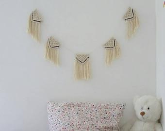 T te de lit en macram guirlande en macram d coration murale - Guirlande fanion chambre bebe ...