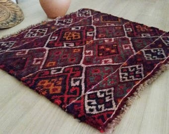 small accent rug organic dyed vintage kilim rug wool 180 x 160 ft small area rug