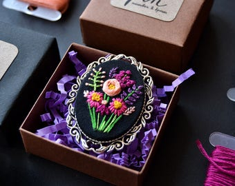 Embroidery Flower Bouquet Brooch in Metal Frame