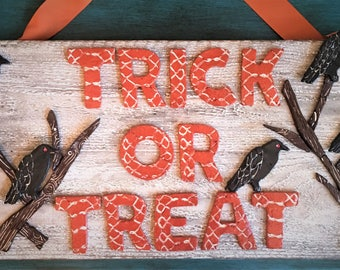 Ceramic Trick or Treat Sign