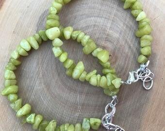 Green Quartzite Chip Bracelet || Beaded Bracelet || Semi precious Bracelet || Boho Chic Bracelet || Green Bracelet