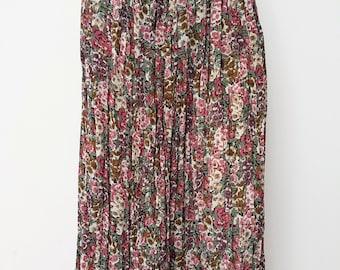 Vienna Classics Floral Pleated Vintage Skirt