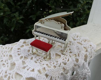 Petite Princess Fantasy Royal Grand Piano, Dollhouse Miniature Piano