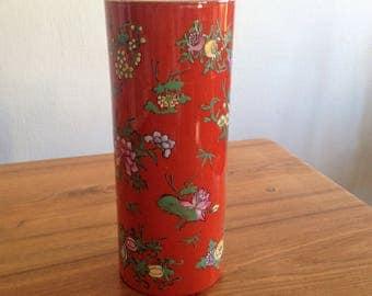 Large red vase - email - China - vintage
