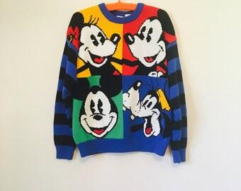 Vintage, de 1980, suéter de Mickey y compañía Disney con Mickey, Minnie y Goofy.