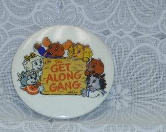 The Get Along Gang Pin 1983 (2)