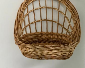 Woven hanging basket - boho style - air plant - planter basket - boho home - kitchen catch-all