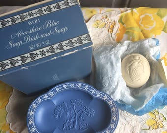 SALE!NIB Vintage Avon Avonshire Blue Soap Dish and Soap, 1972