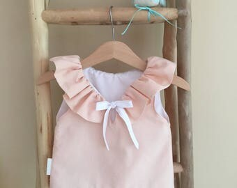 Pretty ruffled top in nude pink
