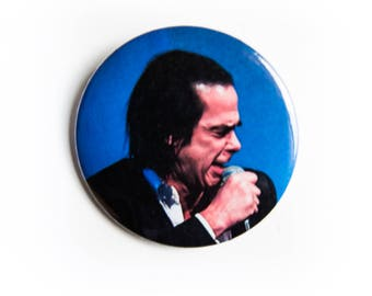 Crooning Nick Cave and The Bad Seeds live concert photography 2 1/4 inch photo pin back button