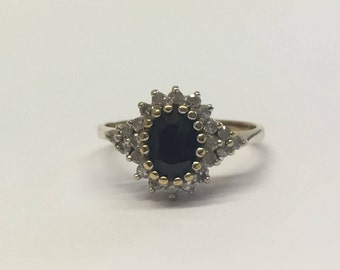 9ct Gold Oval Sapphire Engagement Style Ring