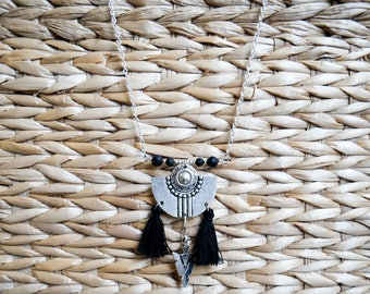 "Necklace Bohemian ""Edha"" lava stones"