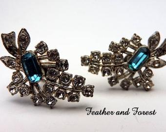 Vintage Blue Rhinestone Earrings Blue and Clear Rhinestone Earrings Blue Rhinestone Twist Earrings Vintage Blue Rhinestone Twist on Earrings