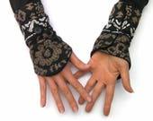 Mitaines manchettes femme , chauffe poignets ethniques, gantelets, tissu brun et noir, cadeau pour elle