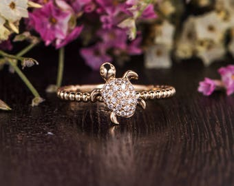 Unique Diamond Ring Eternity Beaded Sea Turtle Ring Animal Gold Stacking Ring Decoration Women Promise Anniversary Graduation Gift for Her