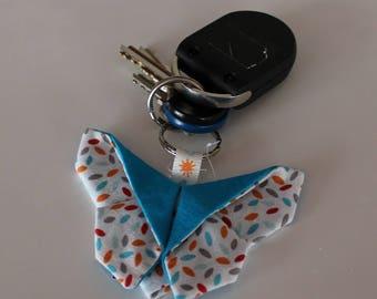 Keychain Butterfly origami - pattern petal - 9 x 6.5 cm