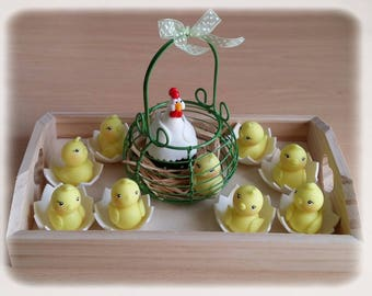 Decorative table of cold porcelain