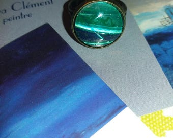 Unique ring, green and ultramarine blue