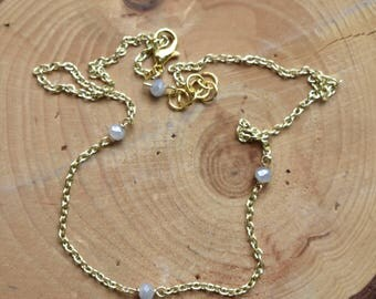 Evie necklace // three small beads spaced out of a gold filled chain
