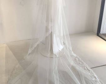 Christine-French Scalloped Edged Lace Veil