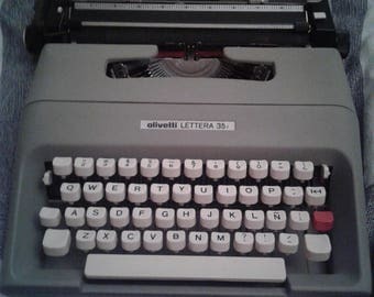 Olivetti LETTERA 35 machine typewriter Vintage