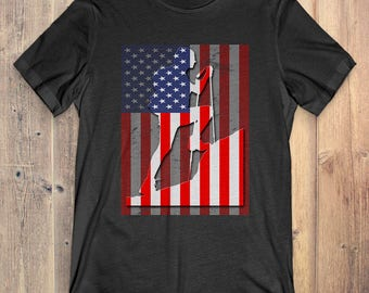 Hiking T-Shirt Gift: American Flag