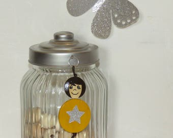 Bag charm, Keychain, sister, mustard yellow, beads of wood, handpainted, balls of smiles to order, your own message.