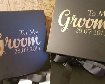 Groom & bridal party wedding gift box