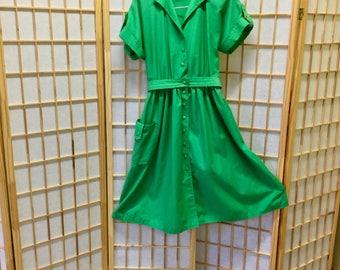 1970's Green Day Dress Caron of Chicago Size 6 Rockabilly Circle Skirt Dress