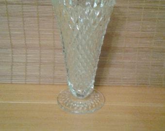 Lead crystal flower vase, diamond cut design