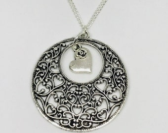 Silver circle heart rose necklace