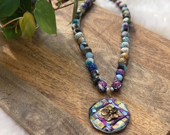 vintage clay beaded pendant necklace