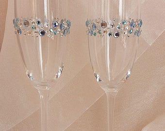 Wedding champagne flutes Bride and groom wedding glasses Wedding toasting glasses with blue rhinestones Toasting flutes Bridal shower gift